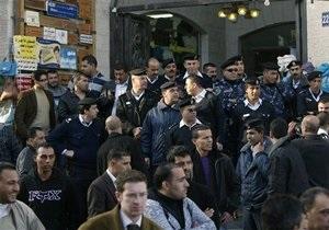 Толпа разгромила офис Аль-Джазиры, сообщившей о тайных переговорах между Израилем и Палестиной