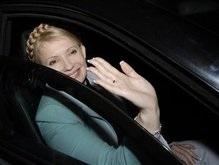 Ющенко и Тимошенко покинули Борисполь в одной машине