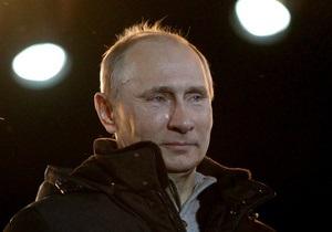 Путин уверенно победил на избирательных участках в Украине