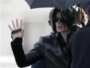Майкл Джексон получил иск в миллиард долларов