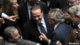 Парламент не стал отправлять Берлускони в отставку
