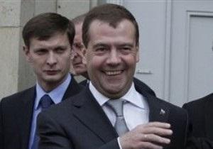 Медведев: Ратификация Радой соглашения по ЧФ прошла весело и непринужденно