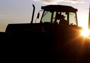 В Ровенской области, катаясь на самодельном тракторе, погиб подросток