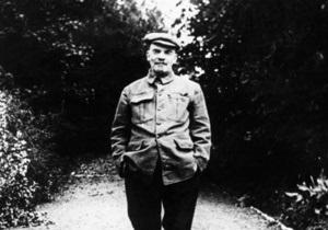 новости России - странные новости: В России доктора науки подрались в радиоэфире из-за Ленина