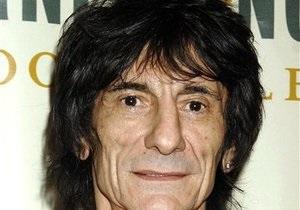 Гитарист The Rolling Stones завел новую подругу