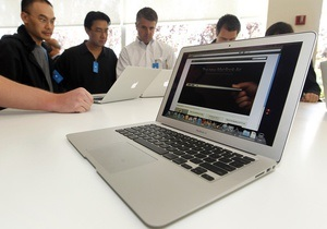 Что-то поняли: Apple сбила цену своего флагманского ноутбука на 300 долларов