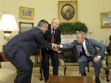 Буш принял в Овальном кабинете президента и премьера Косово
