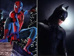 В Нью-Йорке полиция задержала Супермена и  Бэтмана в компании Статуи Свободы