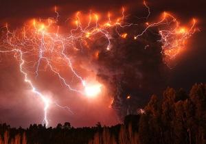 Фотогалерея: Опасная красота. Извержение вулкана Пуйеуэ в Чили