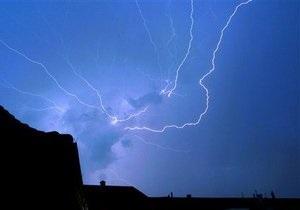 В Херсонской и Харьковской областях от удара молнии погибли два человека