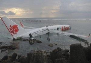 Бали - аваикатастрофа - Lion Air -У берегов Бали упал в море пассажирский самолет: 22 человека ранены