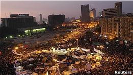 Египет: заверения нового премьера не успокоили оппозицию