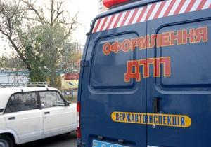 Трое жителей Винницкой области погибли под щебнем, который высыпался из попавшего в ДТП КрАЗа