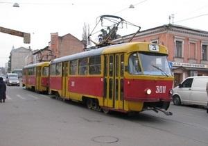 В Харькове у трамвая на ходу отпало колесо