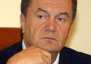Янукович: В Украине начала работать система мониторинга за нарушениями предвыборной кампании