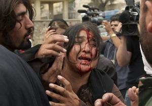 В Афганистане при взрыве в мечети погиб губернатор одной из провинций
