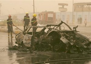 Теракты в Ираке: взорвались 11 фугасов и два заминированных автомобиля
