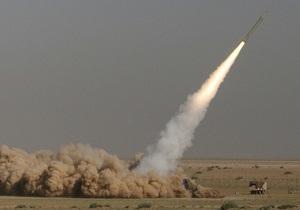 Российская ракета-мишень, отклонившись от маршрута, упала на границе с Казахстаном