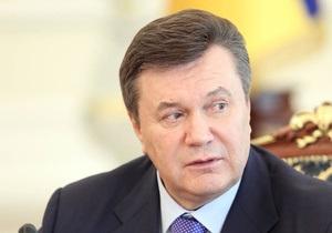 Янукович заявил, что знает, как  сшить страну
