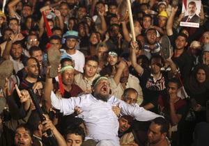 Египет - Жертвами столкновений в Египте стали не менее 32 человек, десятки женщин изнасилованы