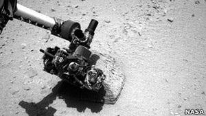 Марсоход Кьюриосити: первые пробы с поверхности Марса