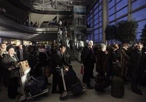 Пассажиры рейса Москва - Киев 13 часов находились в самолете, ожидая вылета из Шереметьево