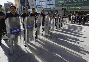 Турция: активисты требуют отставки полицейских боссов