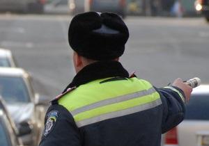 В Черниговской области пьяный водитель напал с ножом на гаишников