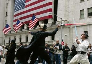 Иена и доллар дорожают, фондовые рынки растут