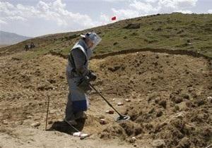 В Афганистане похитили 18 саперов