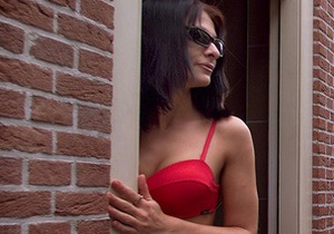 В Харьковской области разоблачена преступная группа, продававшая женщин в сексуальное рабство в Россию