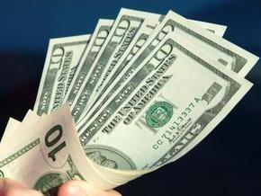 Курс продажи наличного доллара составляет 7,66-7,69 гривны