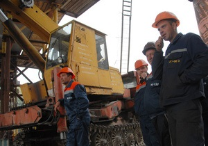 Строительство развязки на Надднепрянском шоссе в Киеве обещают завершить ко Дню Победы