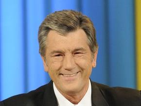 Ющенко планирует лично встретить экипаж Фаины