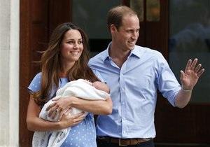 Новости Великобритании - принц Джордж: В Британии появились рвотные пакеты с портретом новорожденного принца