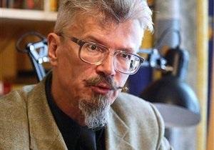 Сторонников Лимонова не пустили на собрание по выдвижению его в президенты России