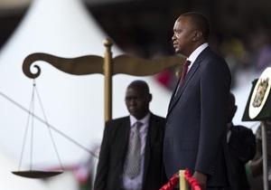 В Кении принес присягу новый президент Ухуру Кениата