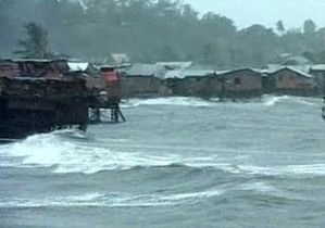 Тайфун Пабло на Филиппинах унес жизни около 100 человек