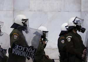 Отделение полиции в центре Афин подверглось нападению: двое пострадавших