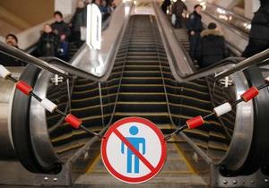 Эскалаторы между станциями Дворец спорта и Площадь Льва Толстого начнут ремонтировать в июле