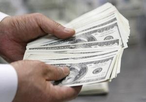 Доллар на межбанке перевалил за восемь гривен