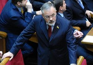 Новый Кабмин: В Киеве и Днепропетровске протестовали против повторного назначения Табачника министром образования