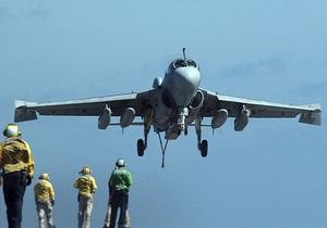 Три пилота погибли при крушении самолета-разведчика ВМС США