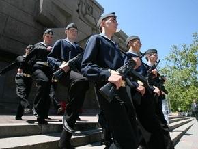 В Симферополе прошел митинг в поддержку ЧФ РФ