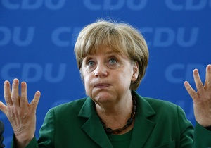 В Чикаго Коморовский и Меркель обсудили ситуацию в Украине