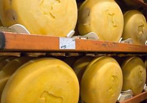 Глава Роспотребнадзора заявил, что украинский сыр может быть изъят с российского рынка