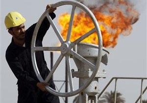 Цены на нефть упали более чем на $3 за баррель
