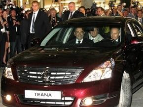 Путин прокатился на первом Nissan Teana российской сборки