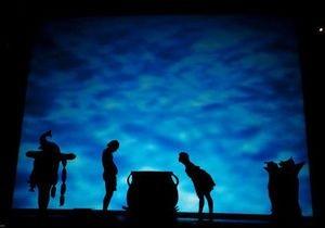 В Киев приехал знаменитый театр теней Пилоболус