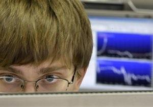 Украинские фондовые индексы резко снижаются